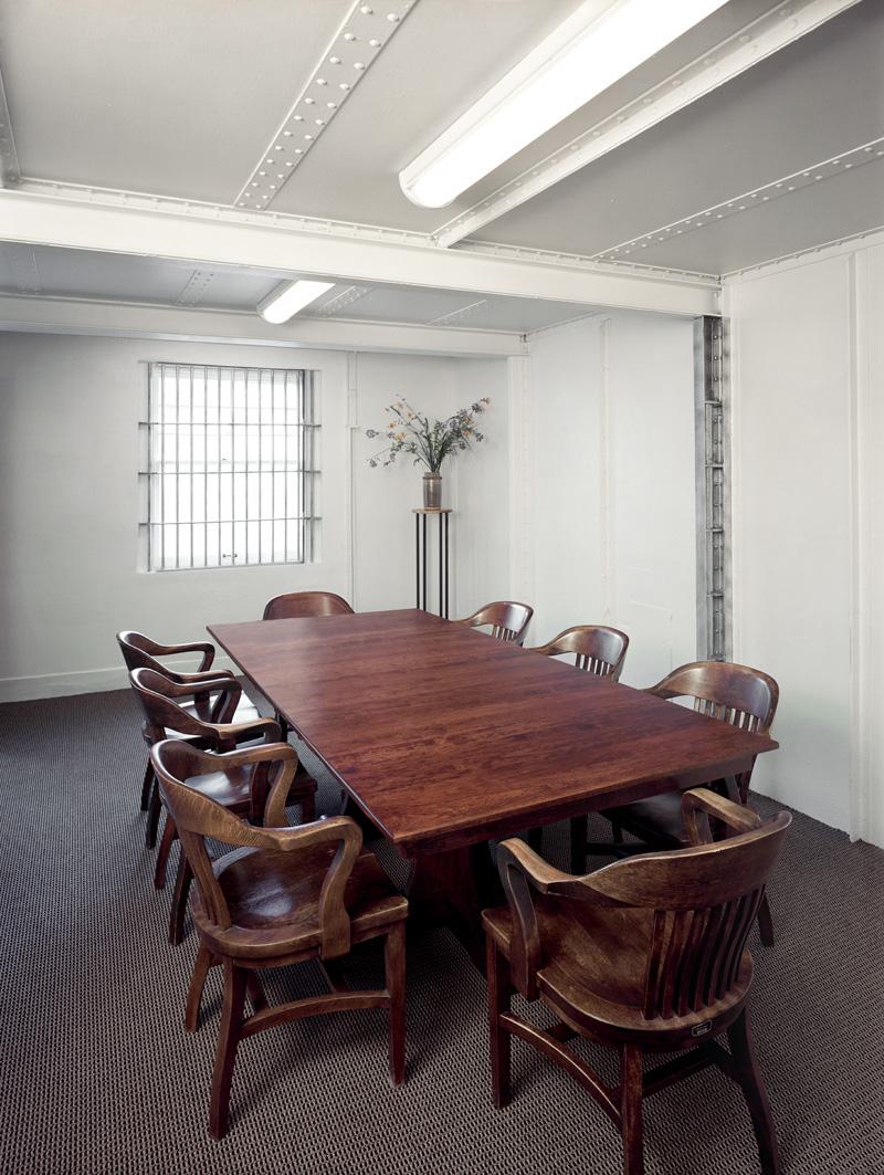 Con Room 8x10