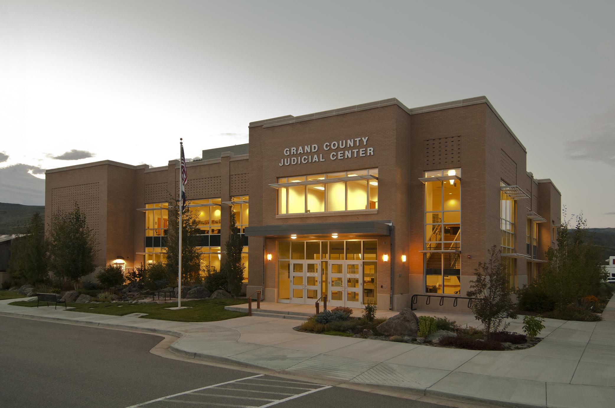Grand-County-Judicial-Ctr_290_8x300